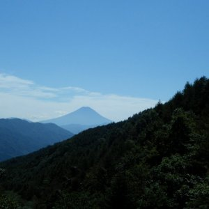 Fuji-san seen from Yanagisawa-toge today