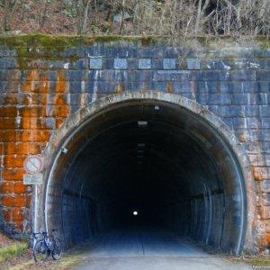 Inukoeji Tunnel, Kanagawa Pref. (R. 76)