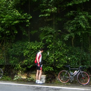 Filling up the bottles along R210 (Nakatsukawa, Saitama)