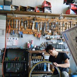 Super mechanic Makoto Takayama of Takayama Cycle in Okaya