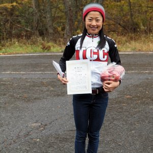 Naomi-san with 1st Place certificate