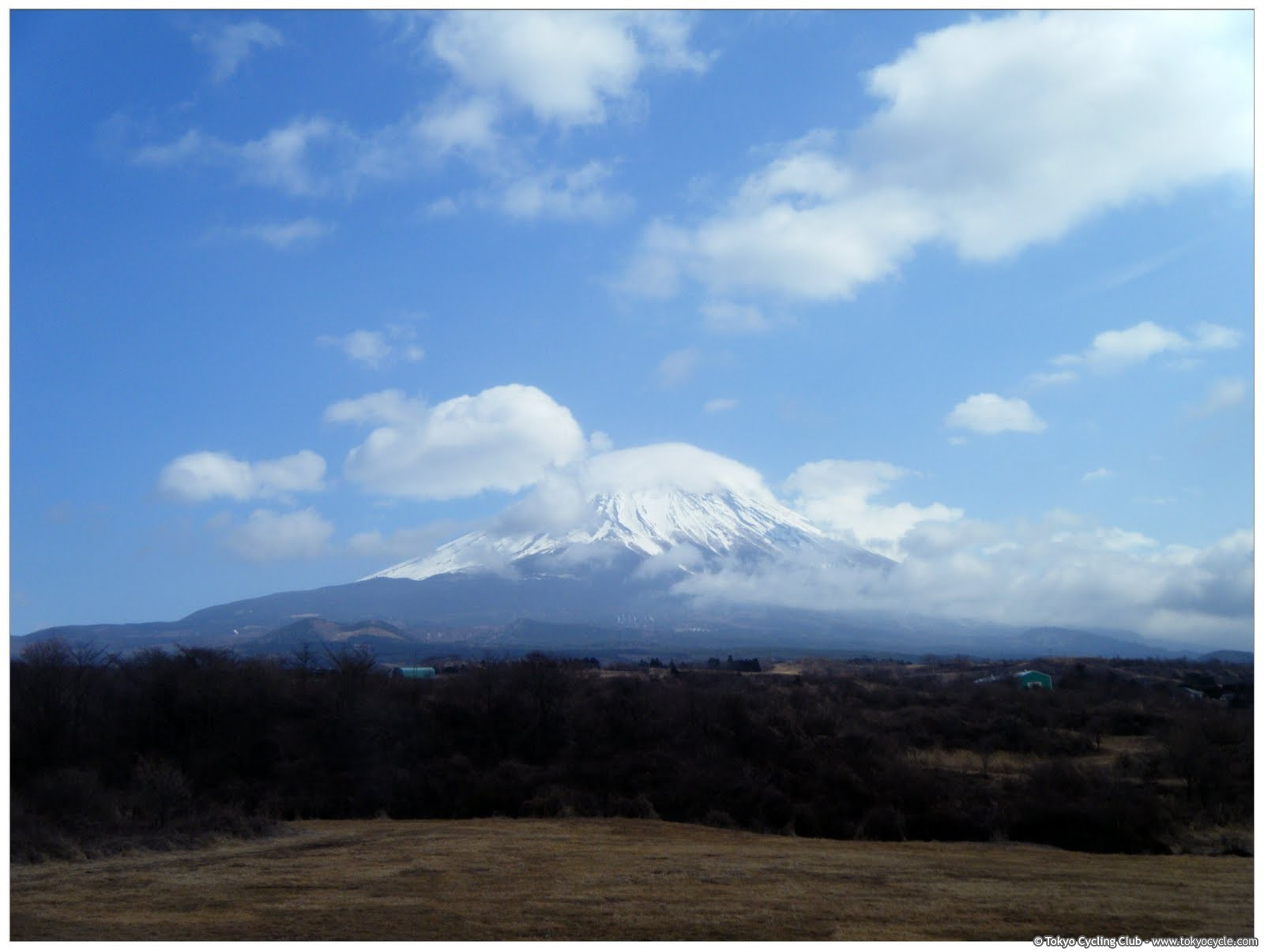 "First time for me to see Fujisan ""from the other side""..."